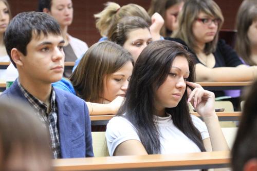 44 человека на бюджетное место – максимальный конкурс в вузы Новосибирска