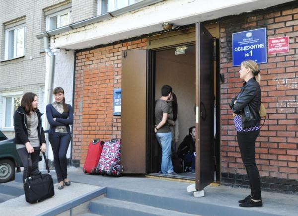 Началось заселение в общежития НГПУ