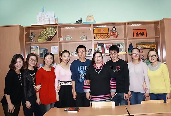 Иностранные студенты НГПУ познакомились с творчеством Пушкина