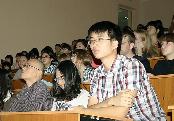 В НГПУ прошла конференция «Запад – Россия – Восток»