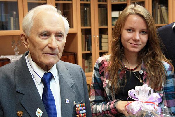 Студенты НГПУ встретились с ветераном Великой Отечественной войны