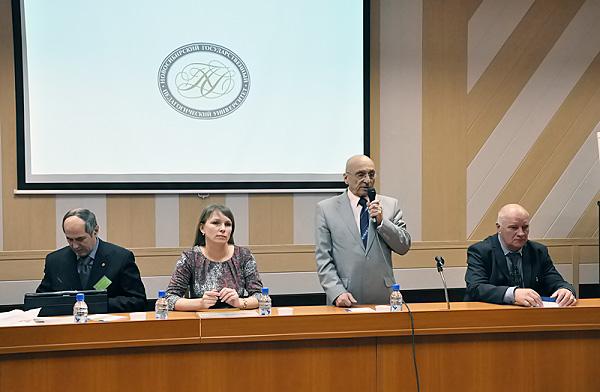 В НГПУ обсудили опыт мониторинга здоровья учащихся