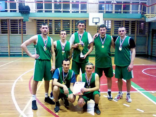 Баскетбольная команда преподавателей НГПУ – лучшая в городе