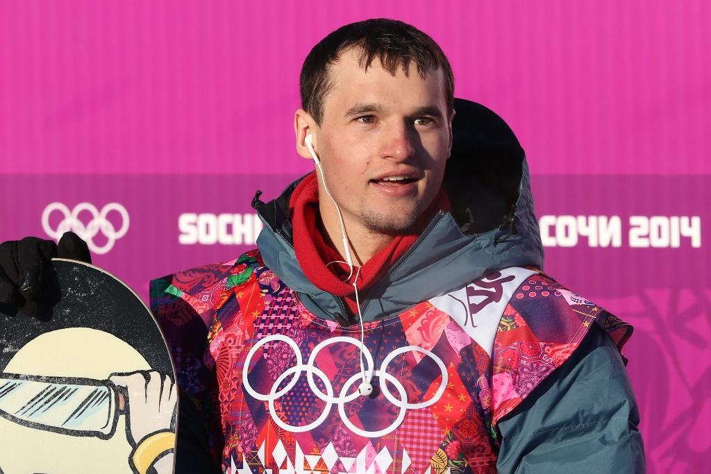 Новосибирский сноубордист выбыл из борьбы за олимпийскую медаль (фото)  Читайте далее: http://news.ngs.ru/more/1654408/ — Новосибирский сноубордист выбыл из борьбы за олимпийскую медаль