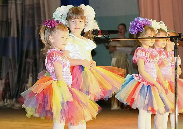 Дети продемонстрировали свои таланты на сцене НГПУ