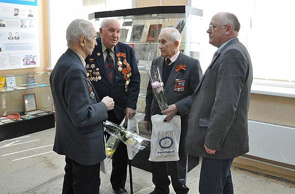 Праздник для ветеранов НГПУ
