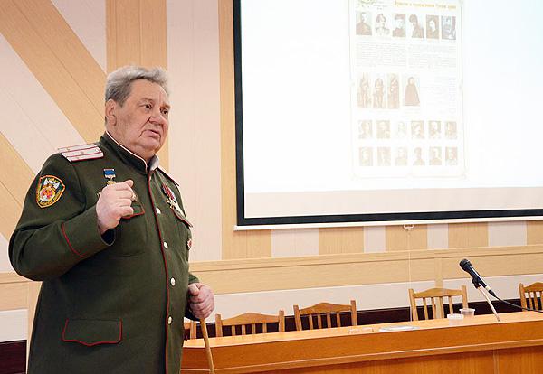 В ИИГСО НГПУ обсудили военную историю России