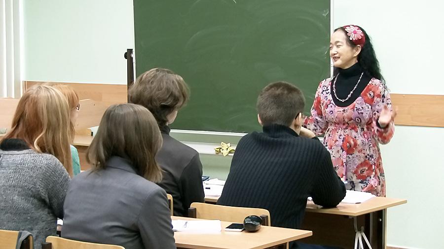 Касуми Амано поздравила супруга с присуждением нобелевской премии из Новосибирска
