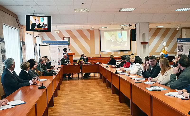 Сибирский педагогический семинар в НГПУ: диалог о воспитании