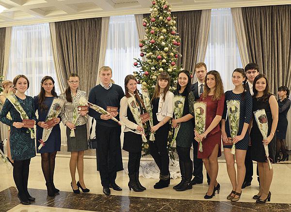 Правительство Новосибирской области отметило заслуги студентов