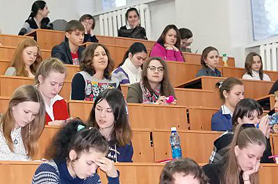 В НГПУ прошли очередные занятия для старшеклассников по подготовке к ЕГЭ