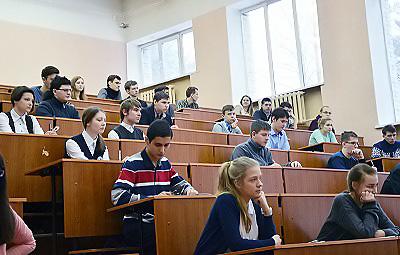 В НГПУ прошел региональный этап Всероссийской олимпиады школьников по астрономии и географии