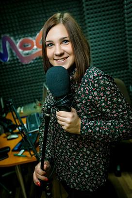 Узнаем по голосам: красавицы-радиоведущие Новосибирска
