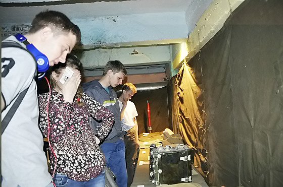 Видео: Экипировку армии США показали в ядерном бункере в центре Бердска