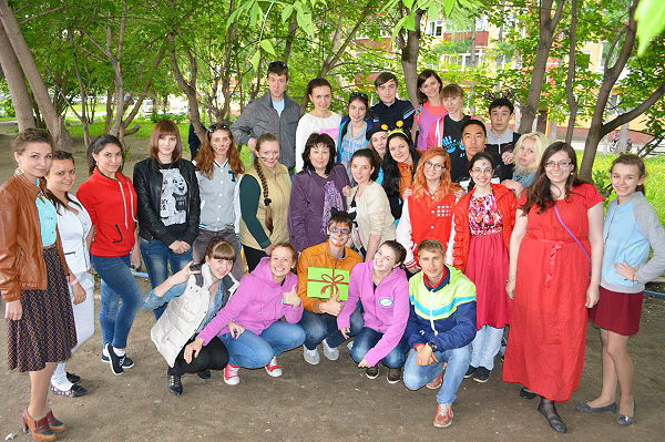 Студенты – волонтеры НГПУ организовали праздник для детей