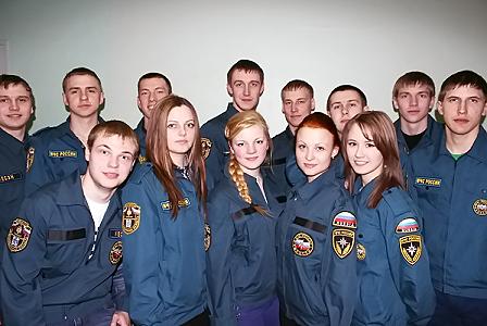 Новосибирские студенты принесут клятву спасателя у нового памятника пожарным в центре города