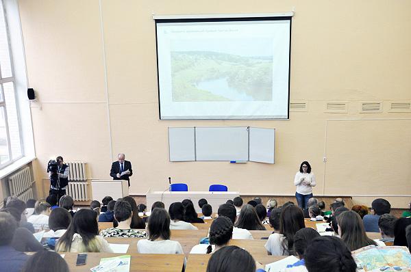 В НГПУ прошла масштабная акция по проверке знаний — Географический Диктант