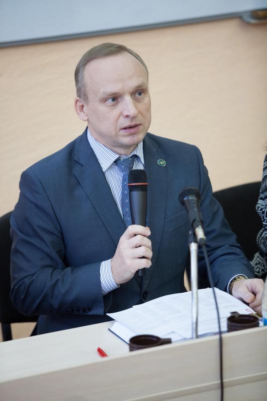 Встреча ректора НГПУ с иностранными студентами вуза