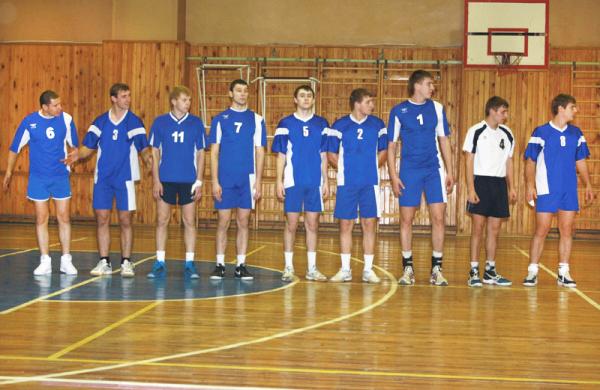 Волейболисты НГПУ победили в матче с «Сибиряками»