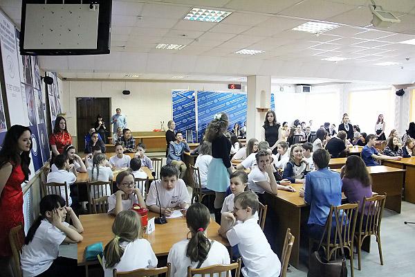 ФИЯ НГПУ провели I областные интеллектуальные игры по китайскому языку и культуре Китая для школьников