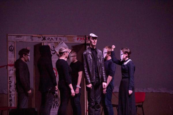 Студенты ИФМИП НГПУ погрузились в «Dostoevsky trip»