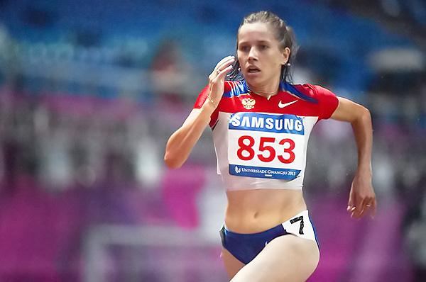 Магистрантка Института естественных и социально-экономических наук НГПУ Алла Кулятина выиграла Чемпионат России по лёгкой атлетике с выполнением олимпийского норматива