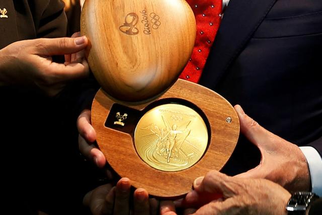 Новосибирские победители олимпиады получат квартиры и миллионы рублей