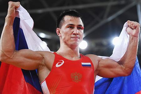 Депутаты заксобрания о новосибирских олимпийцах: «Нас бьют — мы крепчаем»