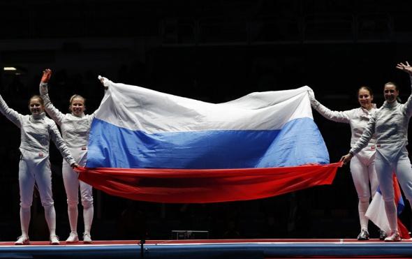 Российские саблистки завоевали золотую медаль Олимпиады-2016 в командном турнире