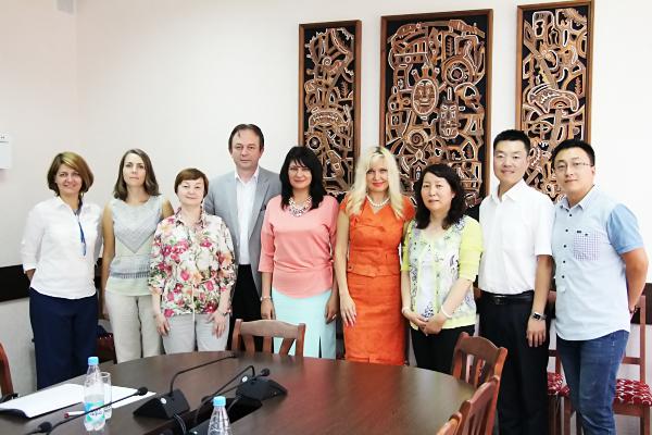НГПУ посетила делегация Карамайского профессионально-технического института (КНР)