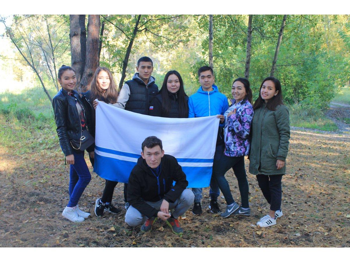 Новосибирских первокурсников из Республики Алтай посвятили в студенты
