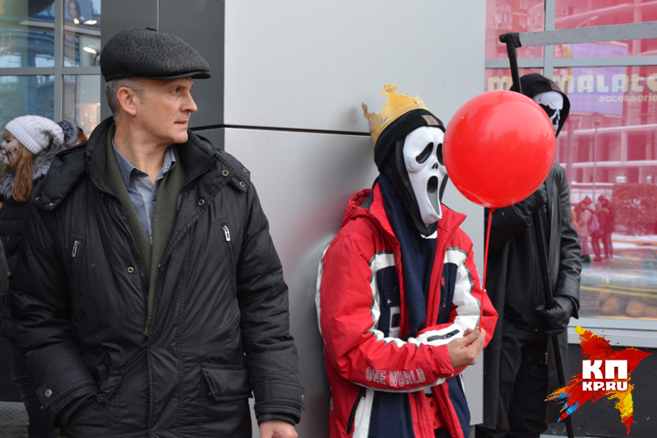 Православные активисты «присоединились» к зомби-параду в Новосибирске