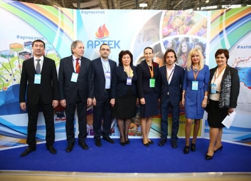 Артек и НГПУ подписали соглашение о сотрудничестве