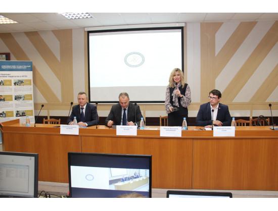 Заместитель Рособрнадзора А.А. Музаев провел в НГПУ семинар по вопросам эффективности региональных систем общественного наблюдения на ЕГЭ и ОГЭ