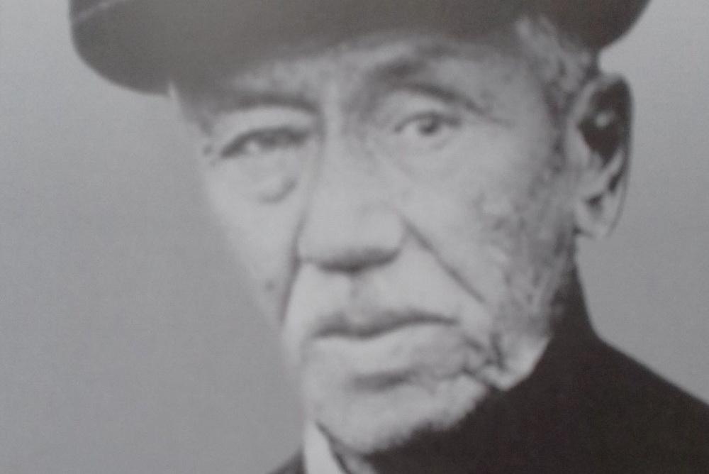 Молодой историк написал книгу о первом враче Новосибирска