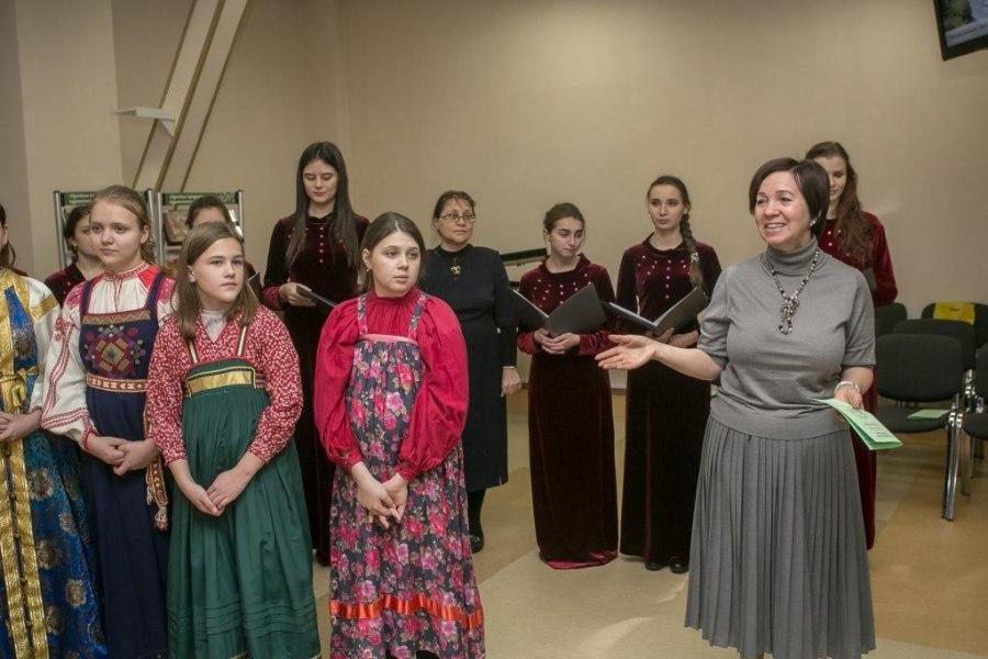 В Новосибирской областной библиотеке состоялась секция в рамках Рождественских чтений