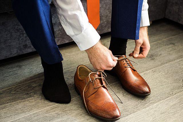 Надеть или обуть обувь — как правильно?