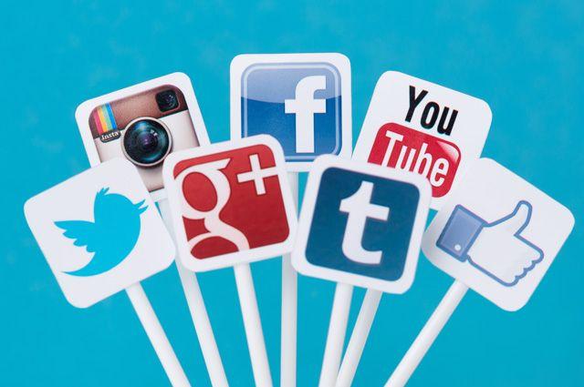 Соц сети или соцсети — как правильно?