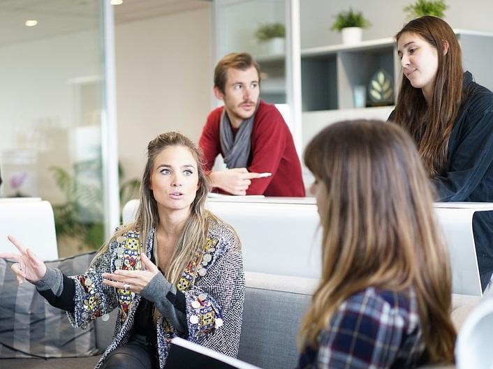 Рейтинг: какую зарплату хотят выпускники новосибирских вузов