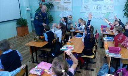 Занятия в рамках месячника ГО прошли в 653 школах региона