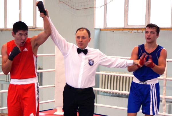 Боксеры НГПУ заняли первое место