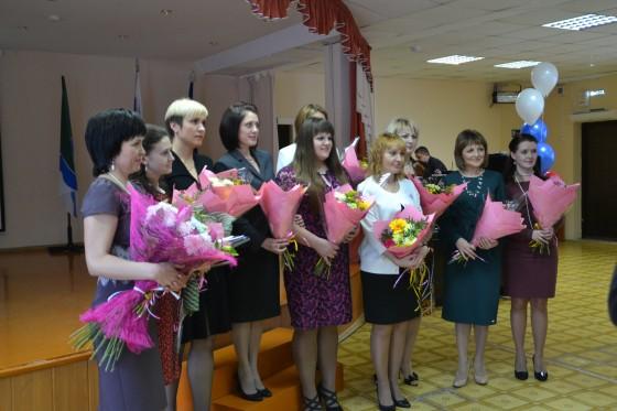 15 тысяч «губернаторских» рублей получат молодые педагоги
