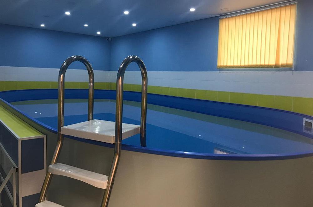 В Актау открытию бассейна для детей в жилом доме препятствуют его жильцы