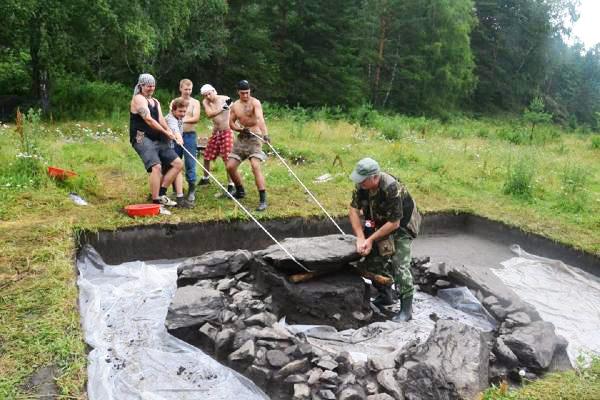 Археологический триумф: студенты НГПУ исследуют культуру Горного Алтая