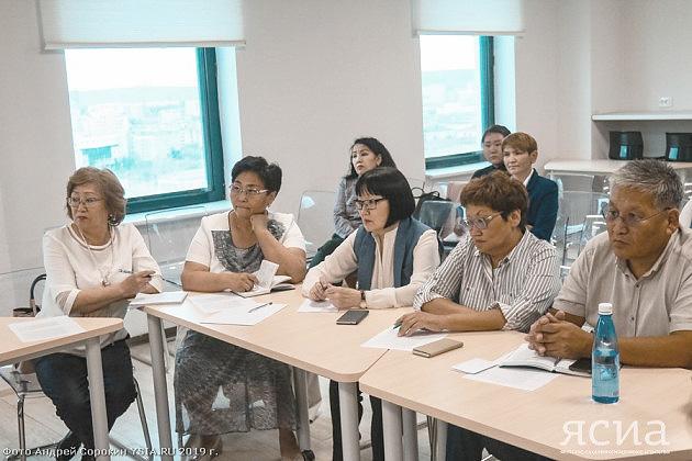 Учителя Арктики v. 2.0. В Якутии разработали новые меры поддержки для педагогов в северных районах
