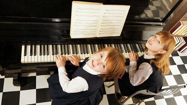 Ученые выяснили, как музыкальное образование влияет на человека