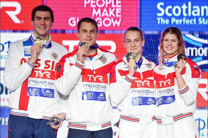 Три золота и бронзу привезли пловцы НГПУ с чемпионата Европы
