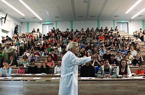 Жителей Бердска приглашают на «Лабу» в День науки