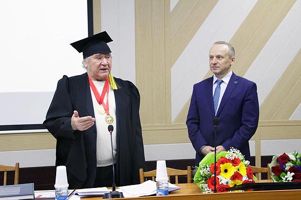 Перспективы научной работы в центре внимания Ученого совета НГПУ