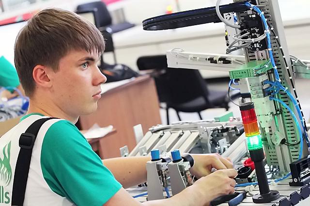 Академики занялись выращиванием молодых учёных